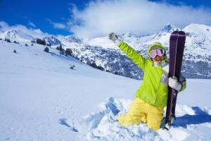 Winter Schnee Skifahren Berge Panorama ALDI SUISSE TOURS