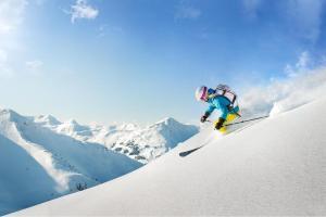 Vacanze all'insegna dello sci con skipass incluso