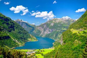 Ostsee & Baltikum oder Norwegische Fjorde - Kreuzfahrt