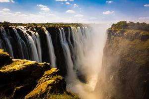 Zimbabwe & Botswana - circuit & safari