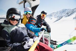 Stubaital Winter Familie Lift ALDI SUISSE TOURS