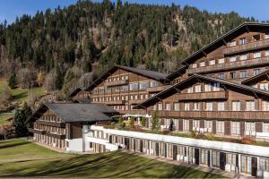Hotel Huus Gstaad, Saanen-Gstaad