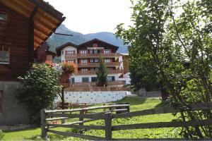 Hotel Alpina, Grächen