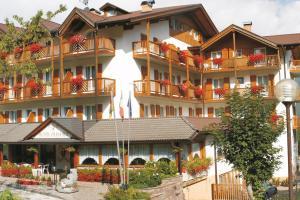 Hotel Olisamir, Cavedago